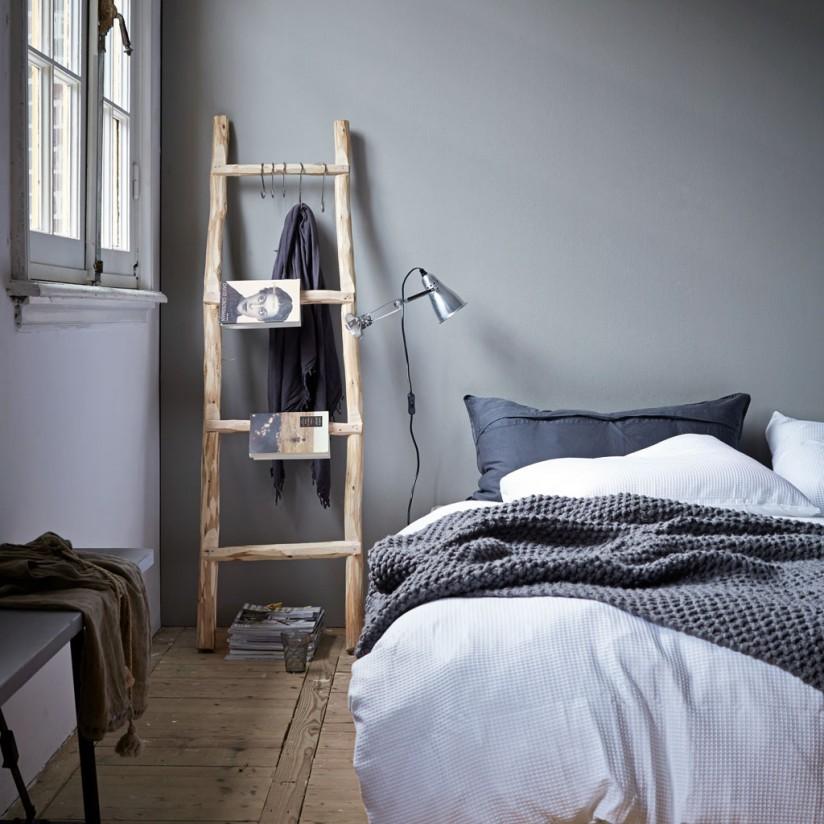 bladwijzer-houten-ladder-nachtkastje